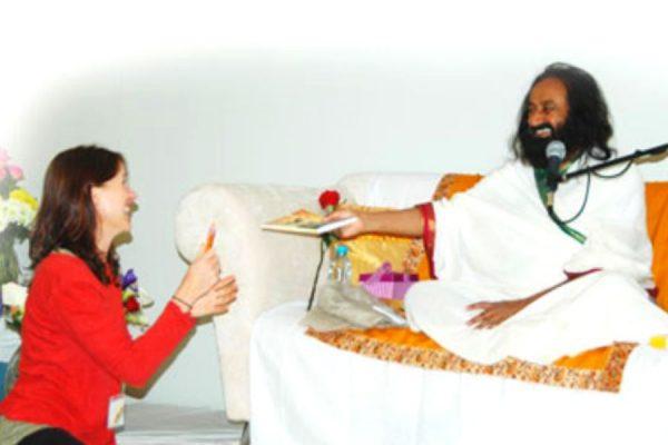sri-sri-ravi-shankar-and-heather-drummond.jpg